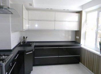 Черно-белая кухня 6