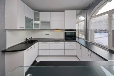 Черно-белая кухня 8